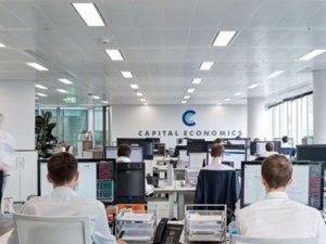 Capital Economist: Enflasyon, TCMB'yi baskıları umursamamaya teşvik edecek