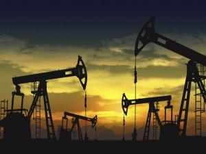 Petrol fiyatları 77 dolardan güne başladı