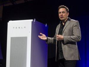 Tesla hissedarları Elon Musk'ı görevden almayı oylayacak