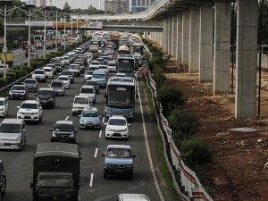Endonezya'da bayram tatili kazalarında 134 kişi öldü