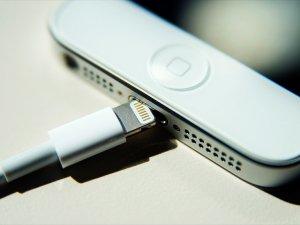Apple, iPhone girişlerini değiştirebilir!