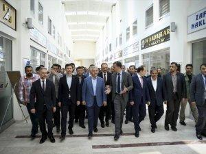 Ahmet Arslan, Ankara Lojistik Üssü'nü inceledi