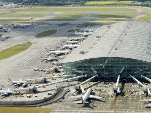 Heathrow projesine karşı çıkan bakan istifa etti