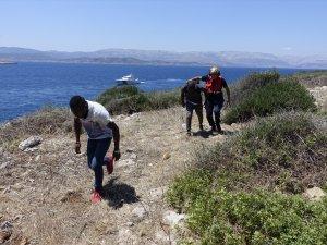 Boğaz Adası'nda mahsur kalan göçmenlr kurtarıldı