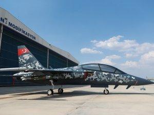 Hürjet, Farnborough Airshow'da büyük ilgi gördü