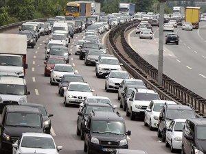 Trafiğe yılın ilk yarısında 460 bin 639 araç eklendi