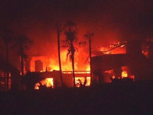 California'da yangın nedeniyle 14 bin kişi tahliye edilecek