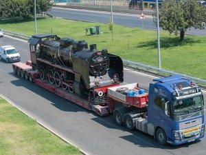 Tarihi lokomotif Antalya'da sergilenecek