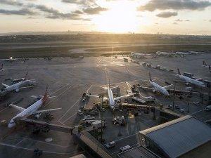 İstanbul havalimanları yolcu sayısını artırdı