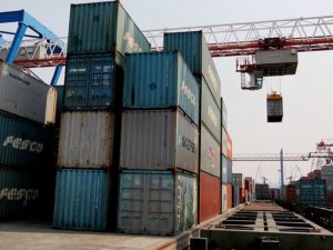 Japonya, Transsibirya Hattı'ndan Rusya'ya ilk mallarını gönderdi
