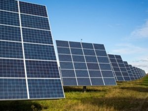 Özbekistan, 1.2 milyar dolarlık güneş paneli kuracak