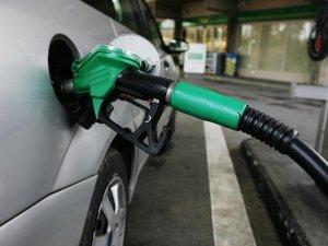Benzin ve motorindeki indirim pompaya yansımadı