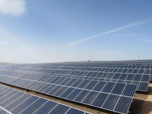 Akfen'in Van'daki güneş santrali elektrik üretimine başladı