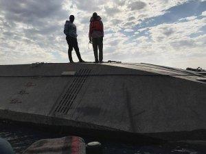"""Tanzanya'da batan gemiden bir tek """"O"""" kurtarıldı"""
