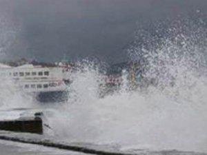 Marmara Deniz'ine fırtına engeli