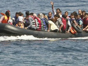 93 mülteci İzmir'de yakalandı