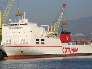 2 gemi Akdeniz'de çatıştı