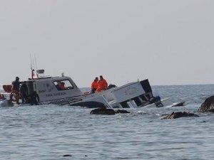 İçinde çok sayıda çocuğun bulunduğu mülteci teknesi battı