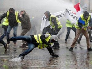 Fransa'da yarın sivil darbe gerçekleşebilir!