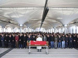 Tren kazası kurbanları son yolculuklarına uğurlandı