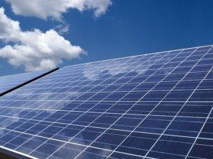 """""""Güneş enerjili çatıların çoğalacağını düşünüyoruz"""""""