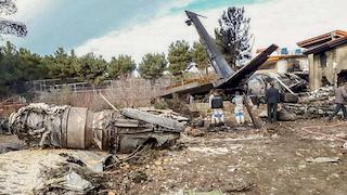 İran'da düşen kargo uçağında 16 kişi hayatını kaybetti