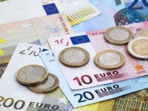 """""""Euro Bölgesi'nde resesyon olasılığı düşük"""""""