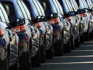 Yüksek faizler otomotiv sektörüne el freni çektirdi!