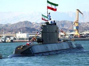 İran, 'Fatih' isimli yeni denizaltısını tanıttı
