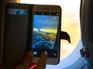 Uçakta cep telefonu kullanmanın cezası ne kadar?
