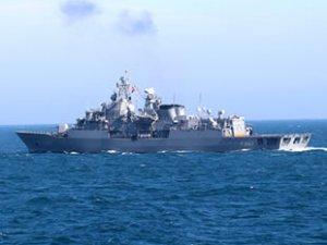 Türk savaş gemileri, Kuzey Ege'de hava savunma atışı yaptı