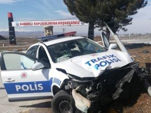 Afyonkarahisar'da trafik kazası: 2 polis yaralı