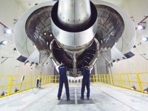 Rolls-Royce Türkiye'nin savaş uçağına yönelik çalışmaların kapsamını daralttı