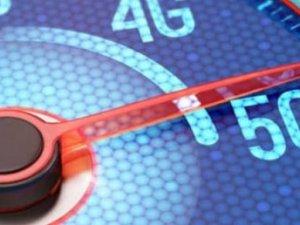 5G katlanabilir telefonlarda 4K video deneyimi
