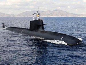 Hint denizaltısı, Pakistan donanması tarafından engellendi