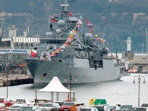 Türk savaş gemileri Bulgaristan'ın Varna Limanı'nda