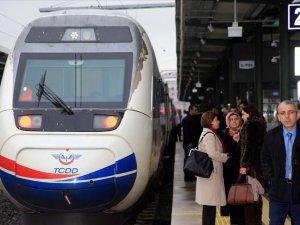 Demir yolu taşımacılığındaki gecikmelere tazminat hakkı