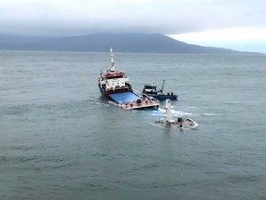 Yusuf Celal adlı kargo gemisi Marmara Adası açıklarında battı