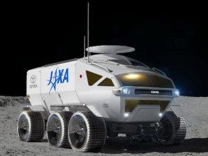 Toyota, uzay aracı üretiyor