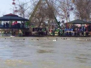 Dicle Nehri'nde tekne battı: 40 ölü