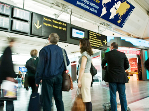 İlk 2 ayda 3.2 milyon turist geldi