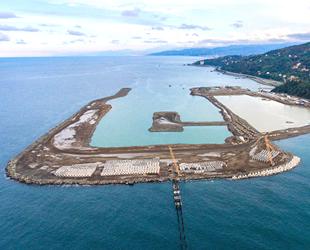 Rize-Artvin Havalimanı için denize 20,5 milyon ton dolgu yapıldı
