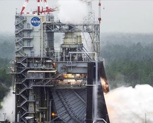 NASA, aya gidecek motoru test etti