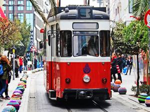 İstanbul, üçüncü nostaljik tramvayına kavuşuyor