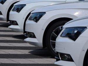 Beyaz renkli araçlar yine ön planda