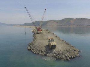 Türkiye'nin üç büyük limanından biri olan Filyos Limanı'nda sona doğru