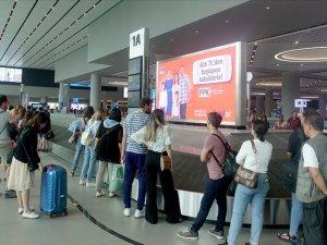 İstanbul Havalimanı'nda tatil dönüşü yoğunluğu