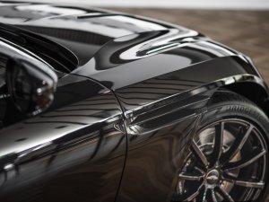 Aston Martin'in ünlü 'DB' serisinin amiral gemisi olarak üretilen 'DB11 V12 AMR' İstanbul'a geldi