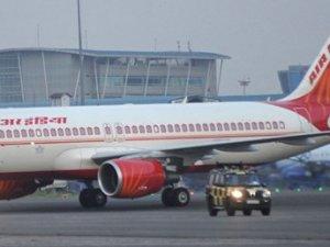 Bomba ihbarı yolcu uçağına acil iniş yaptırdı