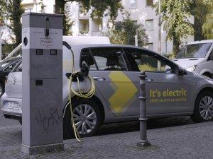 Volkswagen tam elektrikli araç paylaşım hizmeti